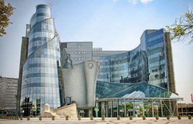 У 2016 році польська суспільна телекомпанія Telewizja Polska зазнала 177 млн злотих збитків